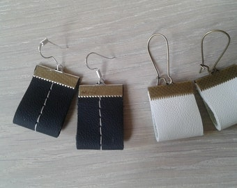 Leather earings, simple earings- Black and white
