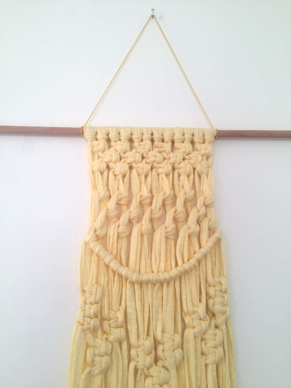 Macrame T-shirt Yarn Wall Hanging / Recycled t-shirt yarn / Macrame ...