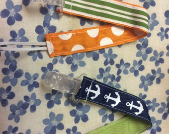 Anchor pacifier holder