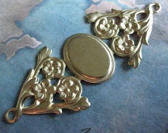 2 PC Raw Brass Victorian Filigree Cameo Brooch Plaque / Pendant- DD05