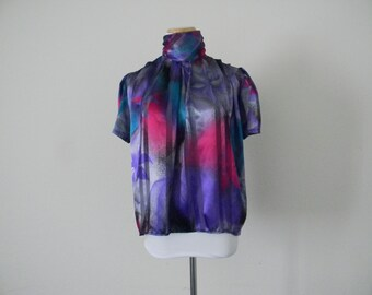 FREE usa SHIPPING vintage colorful tunic blouse short sleeves/ sheer polyester/ high button up collar/ chic size 12p
