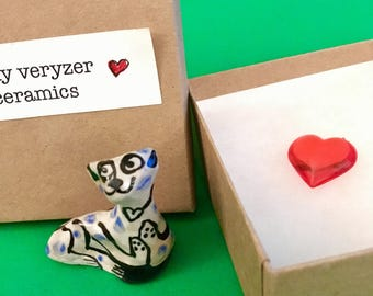 Valentine Heart blue spot Cat, laying  2 - a unique ceramic Collectable & gift box