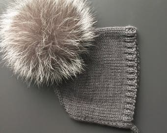 Baby bonnet/ baby hat/ newborn/ pom hat/ knitted hat/ pom pom
