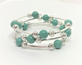 Jade Green Swarovski Pearl Bracelet Pearl Wedding Jewellery Pearl Memory Wire Bracelet Jade Green Wedding Jewelry Unique Bridal Bracelet