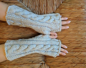 Cable-Knit Wool Fingerless Wool Gloves