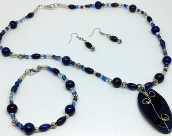 Navy Blue Stone Glass Bead Jewelry Set With Wire Wrapped Pendant, handmade