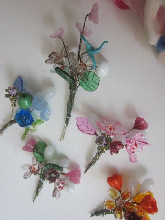 Vintage Glass Flowers On Wire Bouquets from WhoKnowsWhat on Etsy Studio