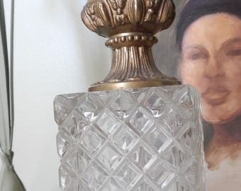 Beautiful Tall Vintage Ornate Lamp!