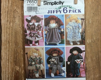 """Simplicity Doll Pattern, Doll 22"""" Tall Plus 6 Outfits, Uncut Pattern"""