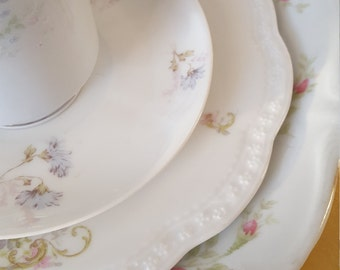 Vintage Mismatched  4pc Place Setting For Weddings, Dinner Parties,Tea Parties, Luncheon, Brunch, Bridal Shower, Hostess Gift,