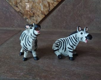 Vintage Character Collectibles 1990's Pete Apsit Noah's Ark Holy Herd Zoe and Zoullou Zebra, Excellent Condition in Original Boxes