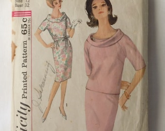 Ladies Simplicity top and skirt pattern