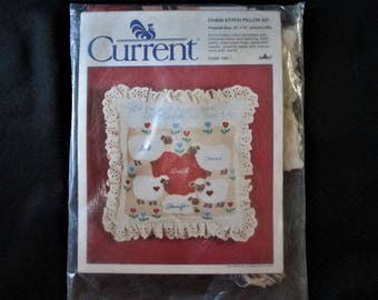 """Vintage Current Chain Stitch Embroidery Family Pillow Kit 12"""" x 12"""""""