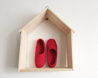 Wool women's clogs, Red wool felted slippers, merino wool slippers, bright red slippers, wool house shoes, woolen flats for her, house shoes