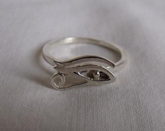 Eye Of Horus Sterling Silver Ring RF322