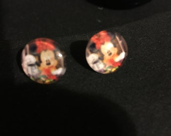Minnie Mouse Stud Earrings   F69