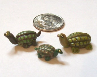 One Tiny Turtle - Choose Papa Large, Mama Medium, or Baby Small, Hand Sculpted 1:12 Scale for Garden, Pond, or Terrarium