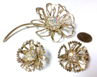 "Fabulous Vintage Sarah Coventry ""Allusion"" Brooch Pin and Clip On Earrings Set"