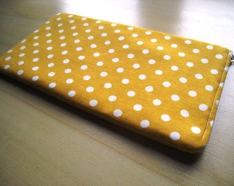 Polka Dots on Yellow - Apple Magic Keyboard Sleeve, Apple Keyboard Case, Samsung Wireless Keyboard Sleeve - Padded and Zipper Closure