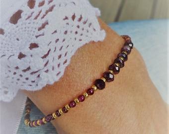 Delicate Bracelet garnet & Miyuki
