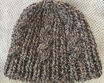 Womens cable hat/beanie
