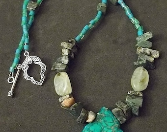 Green Tone Gemstone Necklace
