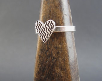Sterling Silver Zig Zag Heart Ring - Geometric Heart Ring