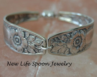 "Spoon Bracelet "" Floral""  Antique Bracelet Vintage Jewelry Valentine Mother's Day Gift Handmade Silverware Bracelet Fork Jewelry--358"