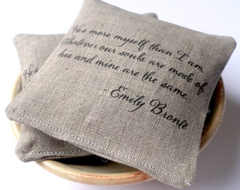 Lavender sachets, personalized gift for girlfriend, personalized sachet, rustic linen sachet, organic lavender, Christmas gift, set of 5