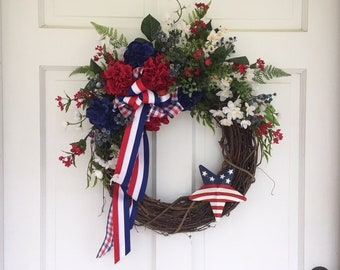 Patriotic Red White Blue Fourth of July Door Decor Wreath 2018