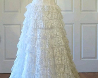 Vintage 1950's wedding bridal dress lace ruffles