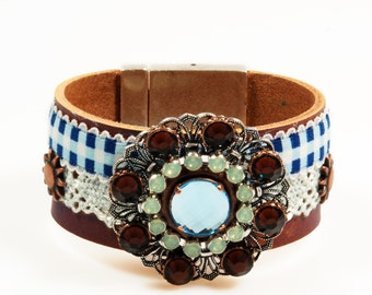 Leather cuff western style - brown with bleu checkered ribbon - ornament Swarovski Crystals, blue, mint green, brown - leather jewelry