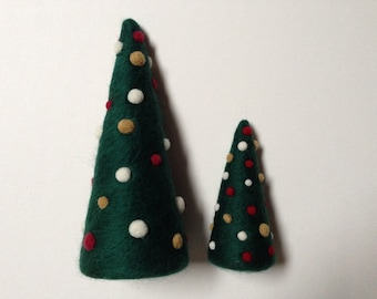 Purl & Loop Needle Felted Evergreen Holiday Tree Kit-Short