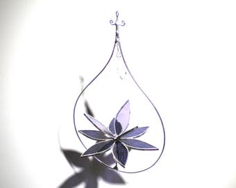 Exquisite - 3D Stained Glass Lotus Spinner - Medium Purple Spinning Flower Suncatcher Home Garden Decor Wire Hanging Art (READY TO SHIP)