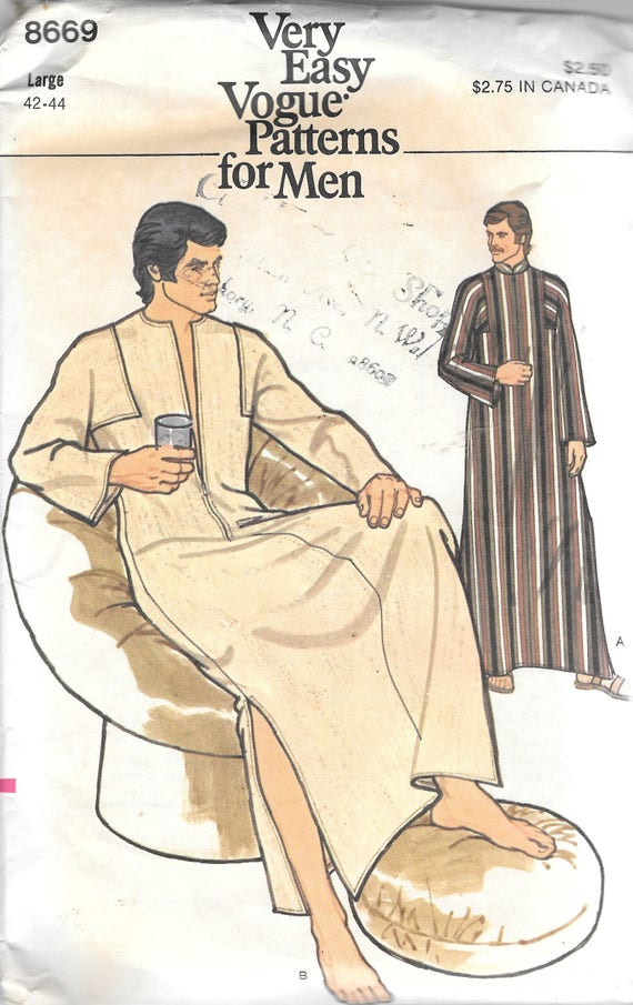 VTG Vogue 8669 Mens Caftan Sewing Pattern Size Large Chest 42
