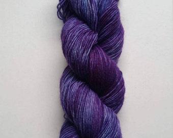 Amethyst: hand dyed tonal / variegated Merino sock yarn by Star Fiber Studio