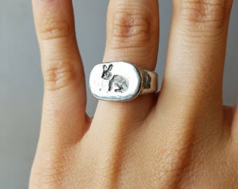 Little Bunny signet ring