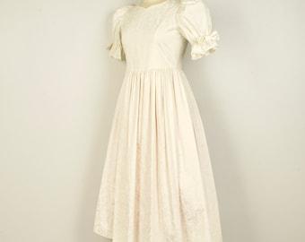 Laura Ashley White Damask Dress Ivory Puffy Sleeve Empire Waist Wedding Dress 80s vintage Small Medium