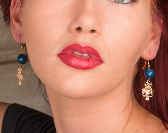 Dangle earrings brass gilded with gold end and agate.