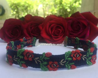 Embroidery Rose Flower Choker