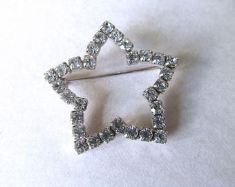 Vintage Avon Rhinestone Star Pin, Star Brooch, Vintage Costume Jewelry, 4th of July, Crystal Star, Patriotic Jewelry, Moonlilydesigns