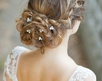 Set of 5 bridal hair pins Pearl wedding hair pins Bridal hair bobby pins Bridal pearl hair pins with rhinestones Wedding hair accessories
