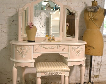 Painted Cottage Chic Shabby Romantic Vanity and Mirror and Stool VAN779