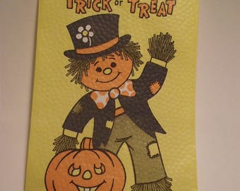 Vintage Halloween Trick or Treat Paper Candy Bags set of 35 Funworld Party Favor Bags scarecrow pumpkin jack o lantern