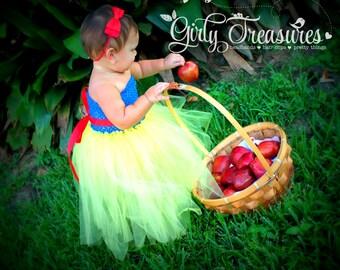 Snow White Bow Headband. Baby Headband. Girl Headband. Disney Headband. Princess Red Bow.