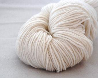 SOFTWOOL PLAIN ~  SOFTWOOL Sport weight wool yarn