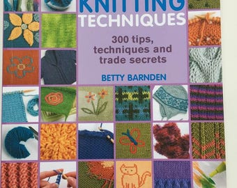 """Knitting book """"Compendium of knitting techniques"""" 300 tips by Betty Barnden published by Searchpress gift and useful must-have for knitters"""