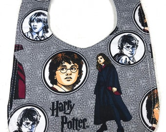 Harry Potter Baby Bib - Geek Gift - Baby Shower Gift - Handmade - Infant bib - dribble bib