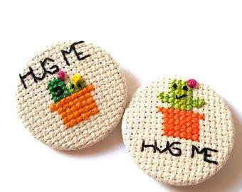 Hug Me-Cactus Pin-Cactus Badge-Cactus Pinback-Succulent Pin-Lapel Pin-Horticulture-Gardener Gifts-Cactus Trend-Cross Stitch Pin-Fashion Pin