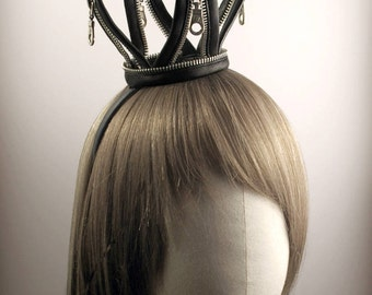 Black PU Leather Mini Crown with Metal Zippers